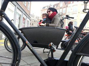 Elektrische bakfiets Urban Arrow huren in Amsterdam